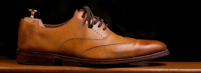 Връзки и аксесоари за обувки